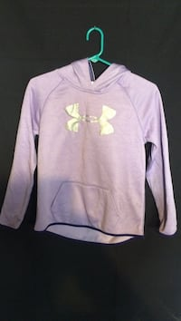 Youth L Purple and white under armour hoodie West Allis, 53214