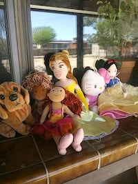 assorted plush toys and dolls Apple Valley, 92307