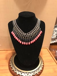 Gorgeous Vintage Necklace with Crystal Beads Gainesville, 20155