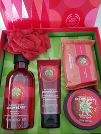 Bath Gift Set from The Body Shop  Vaughan, L4H 2W8