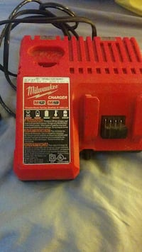 Milwaukee M12/M18 battery charger.