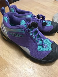 Purple and teal Keen shoes sz 2 Toronto, M1B 6H2