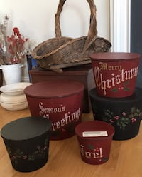 Set 5 solid painted Christmas wood primitive round baskets containers Paramount, 21742
