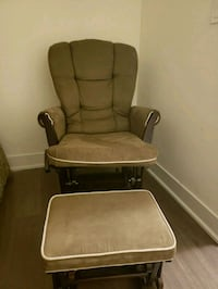 brown fabric padded glider chair Toronto, M2N 0G9