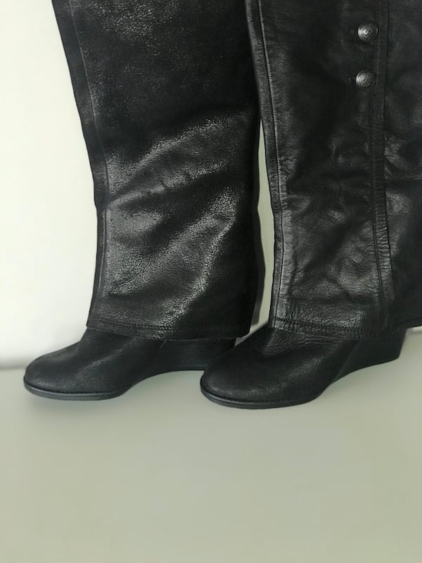 Vince Camuto Almay Women's Size 6 Used Once Excellent Condition fc99dfd4-dfe2-4264-85f7-9a8e81a7415f