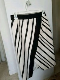H&M skirt (size 4) Bowie, 20715