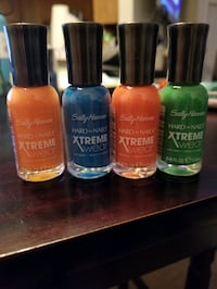 *NEW* SALLY HANSEN EXTREME WEAR POLISH Bundle