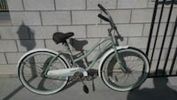 women's huffy cranberry beach cruiser Lakewood, 90715