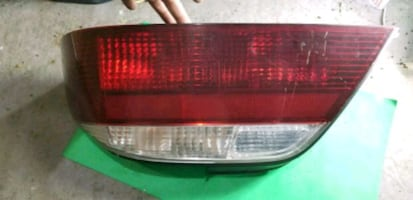 2002,2003 ACURA TL PASSENGER RH SIDE TAIL LIGHT OE