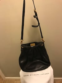 Marc Jacobs black leather crossbody bag Toronto, M4P 1R2
