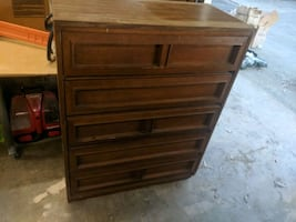 4ft height x 3ft wide , 5 drawer chest for cloth