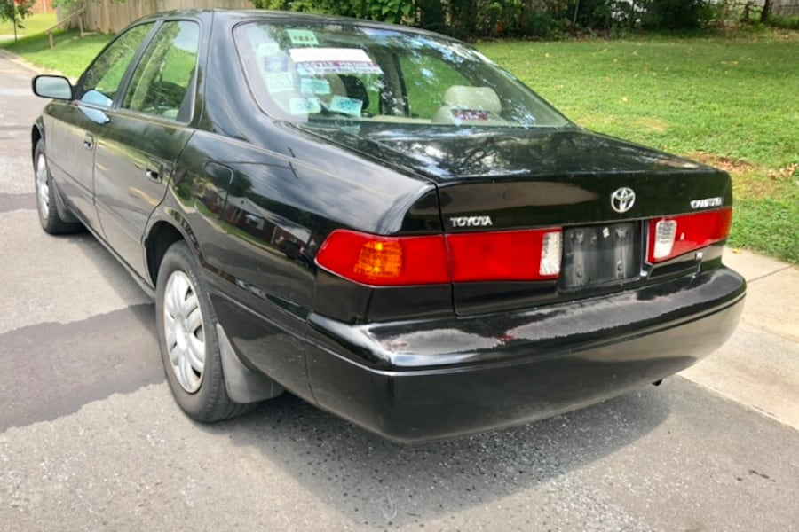 LOW MILES ' 2000 Toyota Camry Leather Sunroof Cold Ac  dffb9b74-488d-4909-b56b-6b174b35fcb7