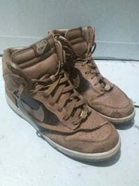pair of brown Nike Air Force 1 high shoes Toronto, M1P 1G5