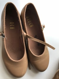 Bloch Tan Tap Shoes size 4.5  Nutley, 07110