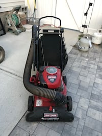 Craftsman Self Propelled Leaf Vac / Chipper with 6.75hp Briggs and Stratton engine Farmingdale, 11735