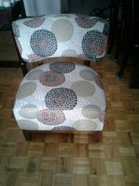 white and gray floral padded chair Montréal, H1T 3R8