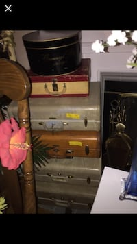 Vintage Suitcase/luggage, Doctor bags, clearance