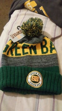 green and white knit cap Middletown, 45044