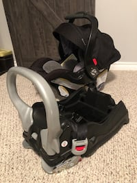 Baby Trend infant car seat for sale Ajax, L1S 3E4