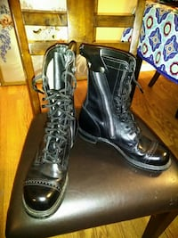10 inch Side Zip Leather Jump Boots size 9 Stuart, 34994