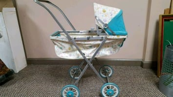Vintage Chatty Baby buggy