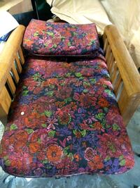 red and blue floral sofa Stockton, 95205