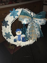Wreaths and centerpieces