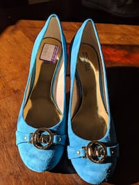 Micheal Kores heels shoes turquoise