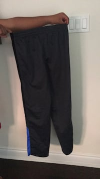 Black and purple nike pants Whitby, L1R 0K5
