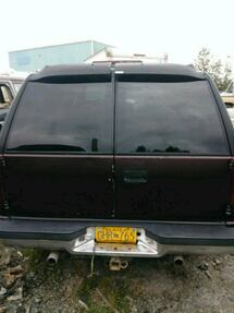 rear bumper very good shape good back doors and