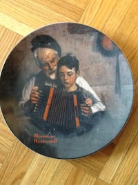 Collectible Norman Rockwell limited edition plate (Scarborough Toronto)