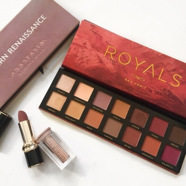 Used ABH Anastasia Beverly Hills modern renaissance eyeshadow palette Dupe  for sale in SF - letgo dfcde4aee
