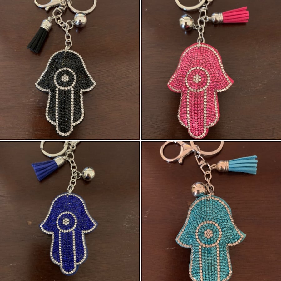 Keychains with rhinestone