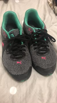 Pair of black-and-green puma running shoes Windsor, N9A 1V7