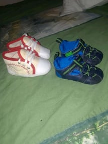 SIZE 2 INFANT SHOES 10$ FOR BOTH