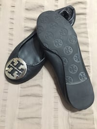 Tory Burch Ballet Flat - Leather - Size 5-5.5