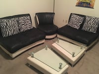 black and white leather sofa set Richmond, V7A 4E6