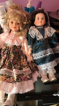 Dolls never touched  Grimsby, L3M 5C9