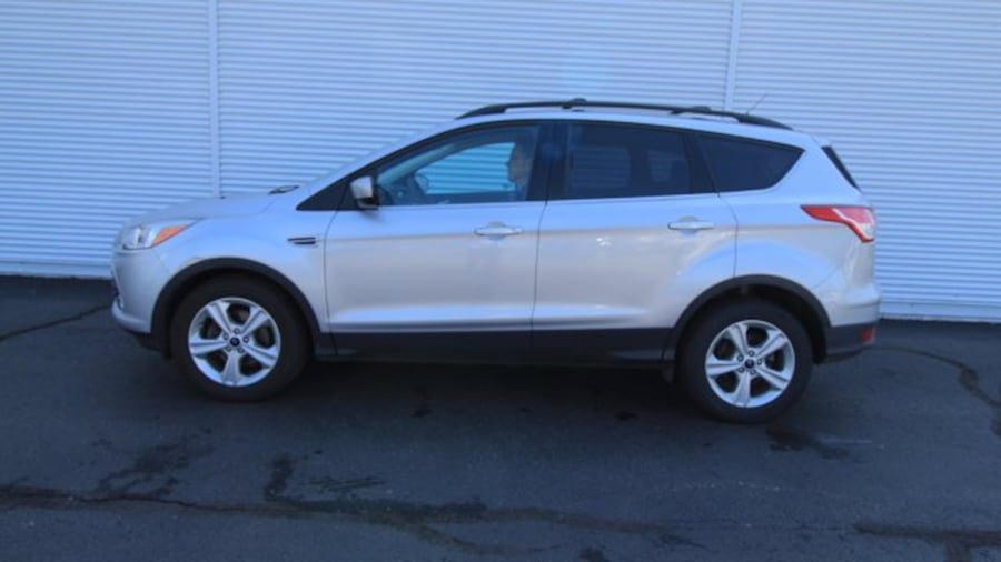 2016 Ford Escape SE / BACK UP CAM & SENSORS / HEATED SEATS  / NAVIG 61860927-311d-465c-95c9-f24dfdab2d12