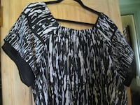 LIKE NEW ** Size 18/20 Avenue Shear Blouse