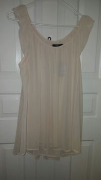 Light peach colored lined blouse Winnipeg, R2V 0Y9