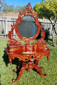 Gorgeous antique vanity Salinas, 93907