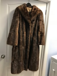 Moving Sale ( Mink Fur Coat) Beaconsfield, H9W