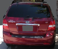 red KIA Sorento SUV
