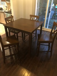 Wooden table with high chairs Burlington