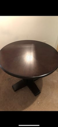 Round dark wooden dining table Silver Spring, 20910