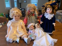 Display Dolls