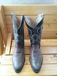 Cowboy boots size 9.5 Hendersonville, 28739