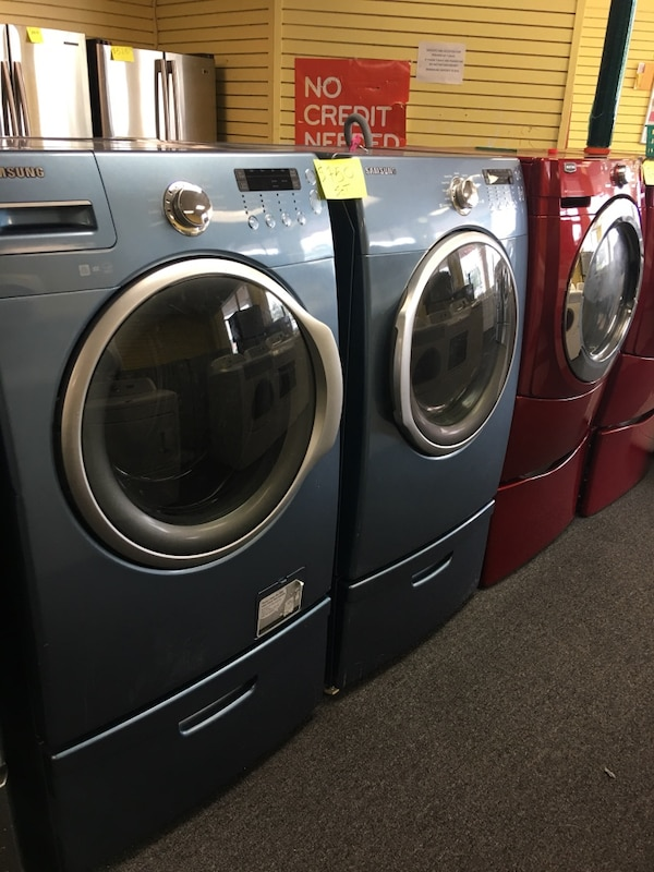 Samsung set Washer And Dryer With Pedestal  49c44c15-b0a1-4c8c-bab1-9dceb6d9649f