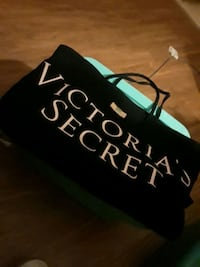 black and white Victoria's Secret PINK bag Chula Vista, 91910